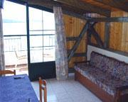 Logans Beach Hotel