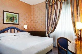 Holidays at Four Points by Sheraton Milan Centre in Milan, Italy