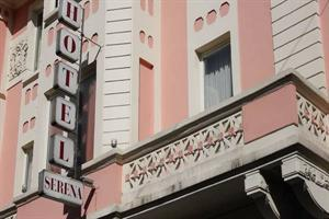 Holidays at Serena Hotel in Milan, Italy