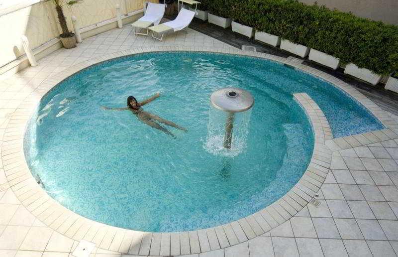 Holidays at La Gradisca Hotel in Rimini, Italy