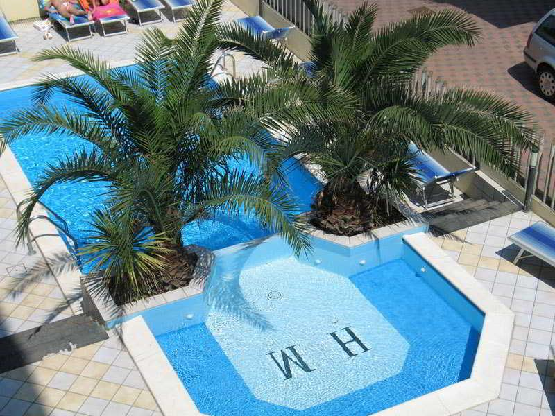 Holidays at Mutacita Hotel in Rimini, Italy