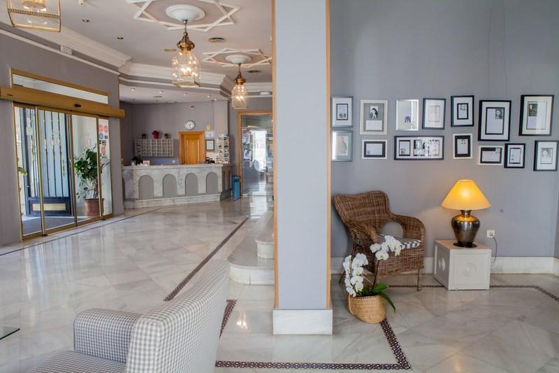 Dona Blanca Hotel