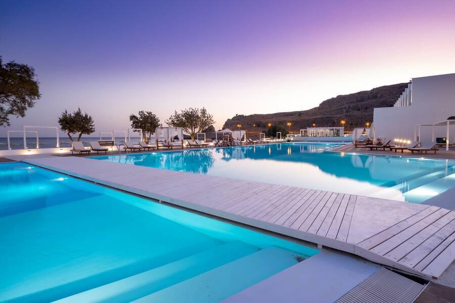 Holidays at Kamari Beach Hotel in Lardos, Rhodes