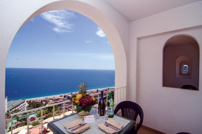 Olimpo Hotel, Letojanni, Sicily, Italy. Book Olimpo Hotel online