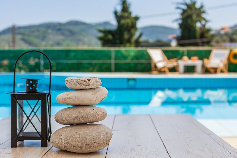 Holidays at Aperitton Hotel in Skopelos Town, Skopelos