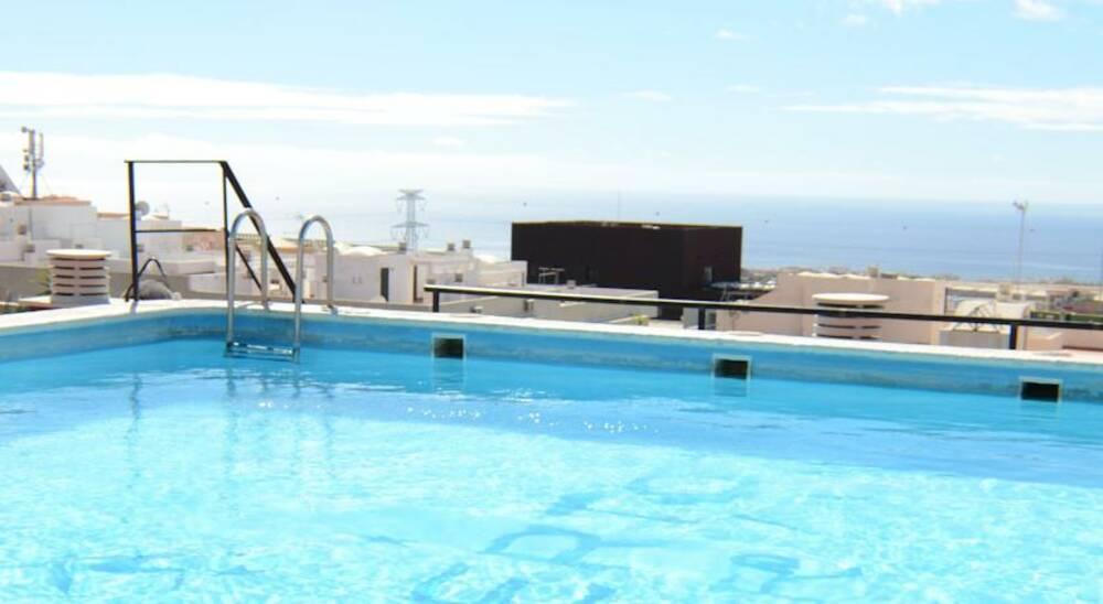 Holidays at Aeropuerto Sur Hotel in El Medano, Tenerife