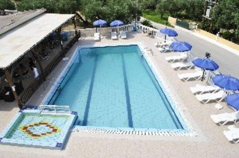 Holidays at Kozanos Apartments II in Alykanas, Zante