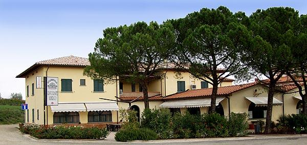 Podere le caselle hotel siena tuscany italy book for Comparer les hotels