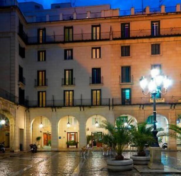 Holidays at Eurostars Mediterranea Plaza Hotel in Alicante, Costa Blanca
