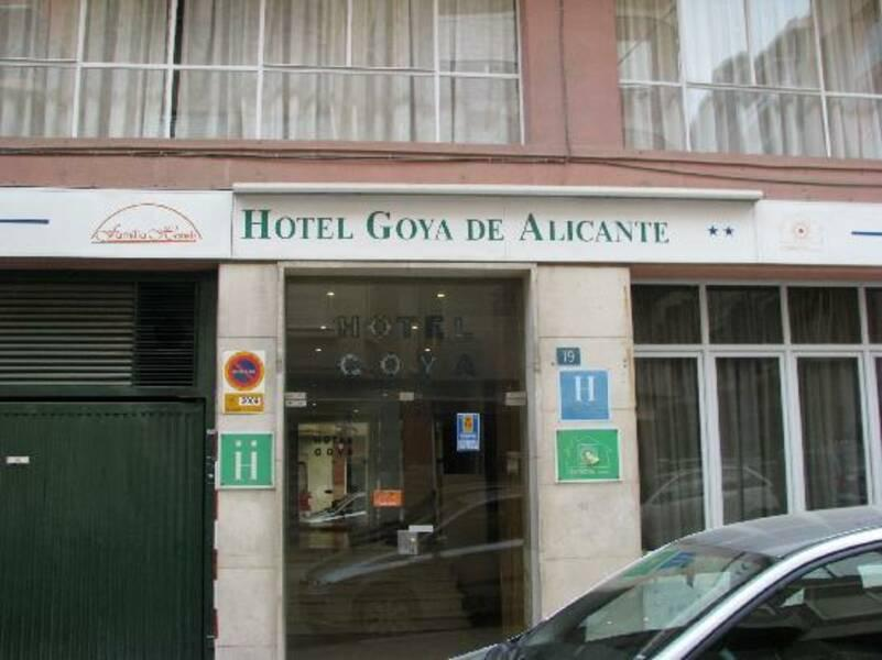 Holidays at Goya Hotel in Alicante, Costa Blanca