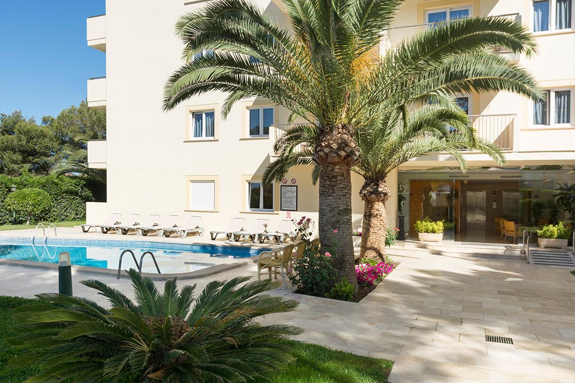Holidays at Tres Torres Aparthotel in Playa de Palma, Majorca