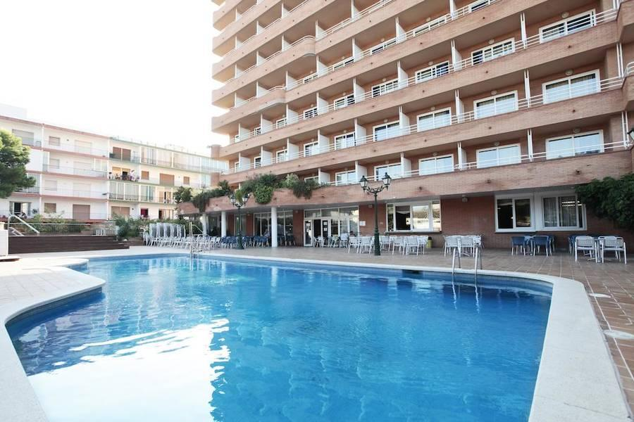 Holidays at Prestige Sant Marc Hotel in Roses, Costa Brava