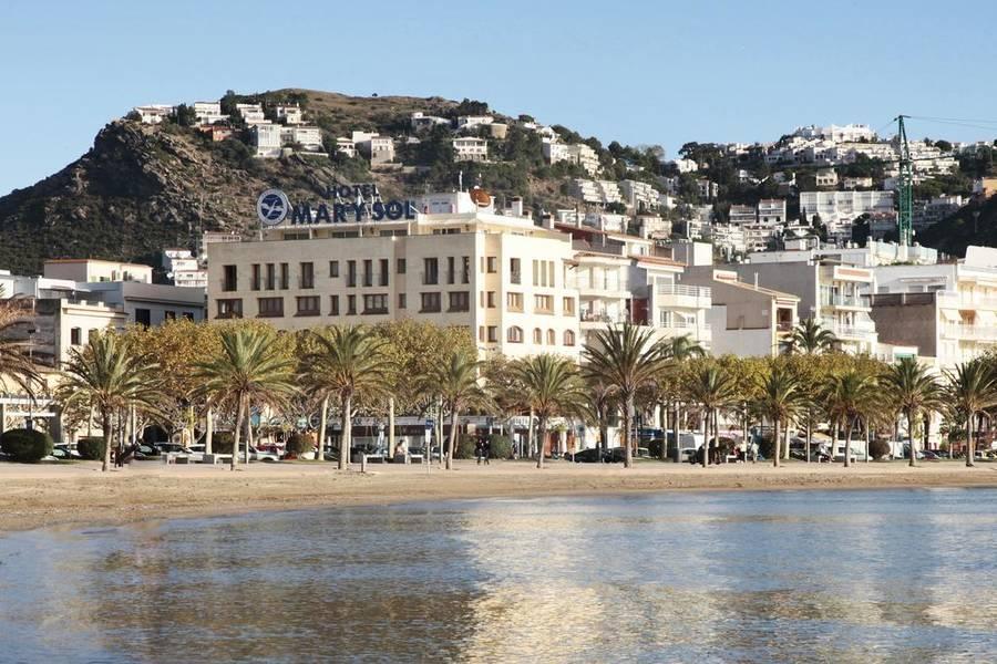 Holidays at Prestige Mar Y Sol Hotel in Roses, Costa Brava