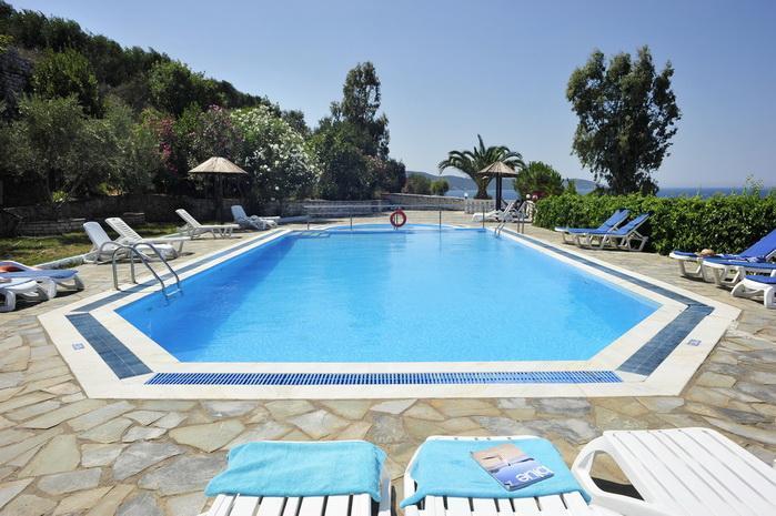 Holidays at Kassiopi Bay Hotel in Kassiopi, Corfu