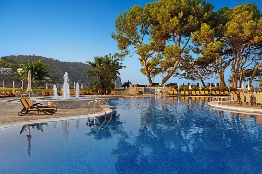 Holidays at Roc Gran Camp de Mar in Camp de Mar, Majorca