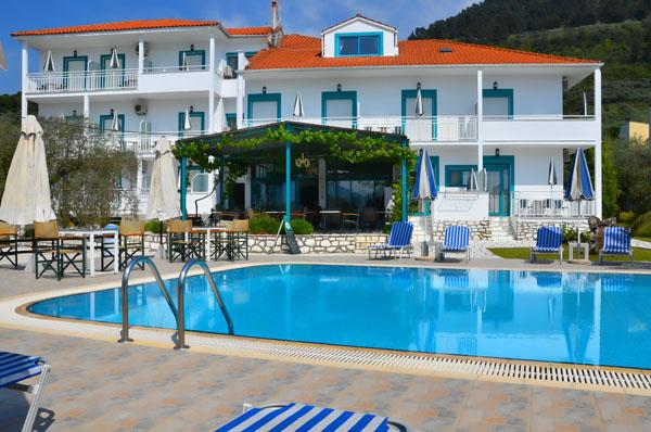 Holidays at Dimitris Hotel in Golden Beach, Thassos Island