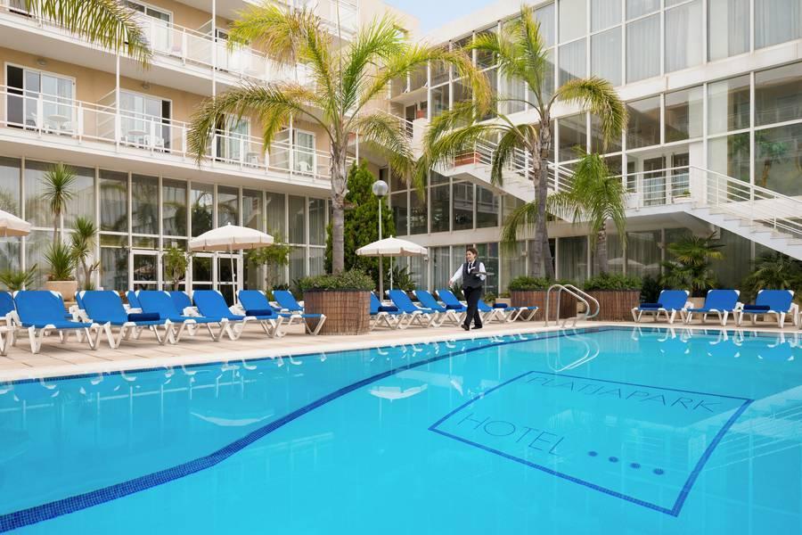 Holidays at H Top Platja Park Hotel in Platja d'Aro, Costa Brava