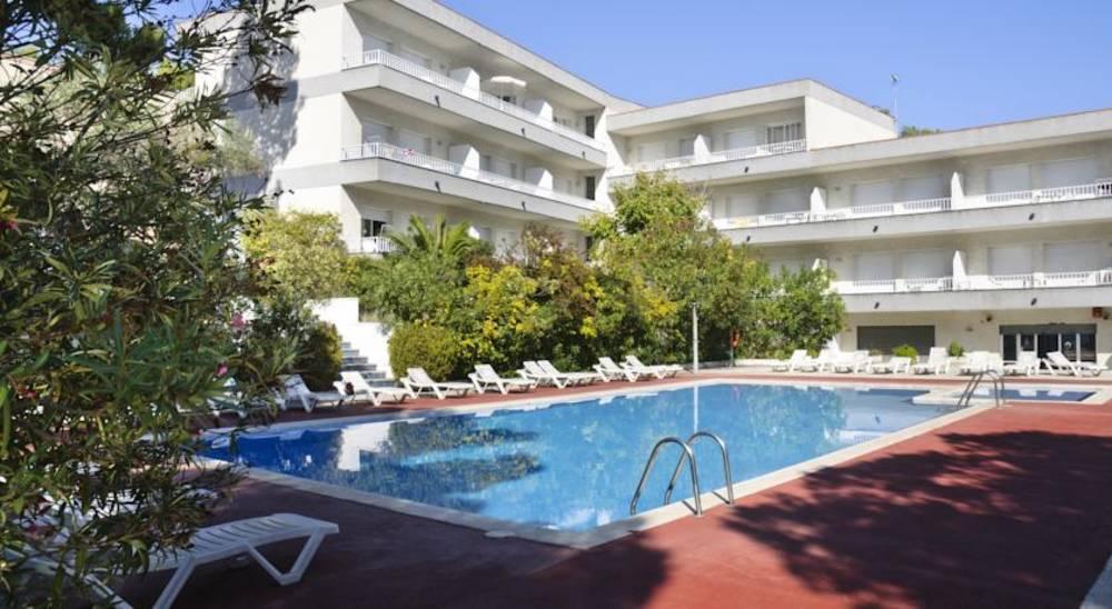 Holidays at Treumal Park Apartments in Platja d'Aro, Costa Brava