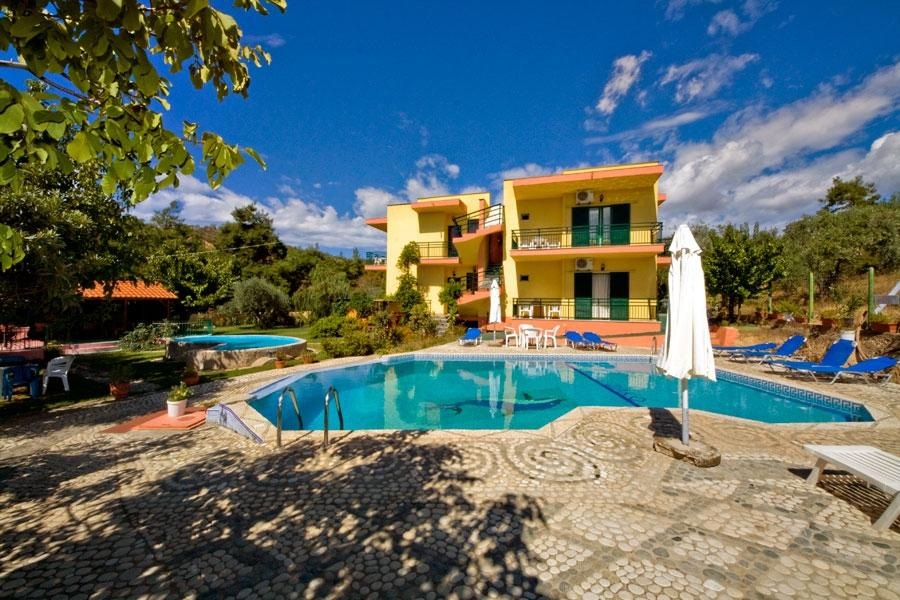 Holidays at Zako Apartments Hotel in Limenaria, Thassos Island