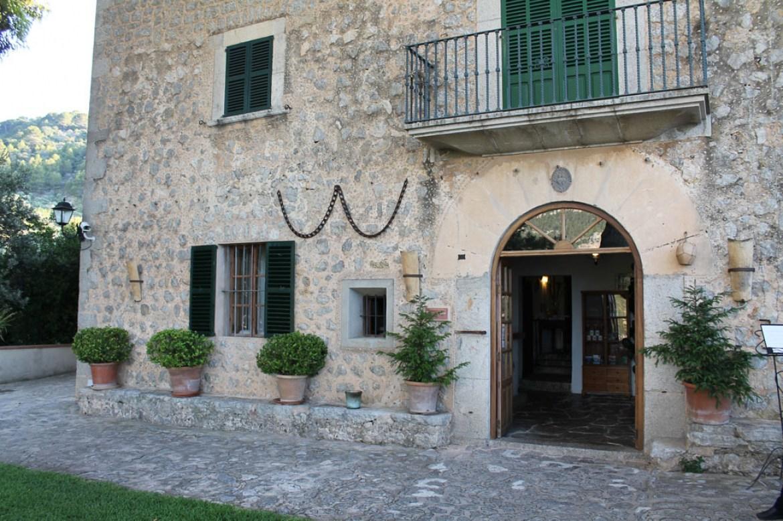 Holidays at Sa Pedrissa Hotel in Deya, Majorca
