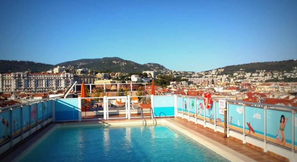 Holidays at Mercure Centre Notre Dame Hotel in Nice, France
