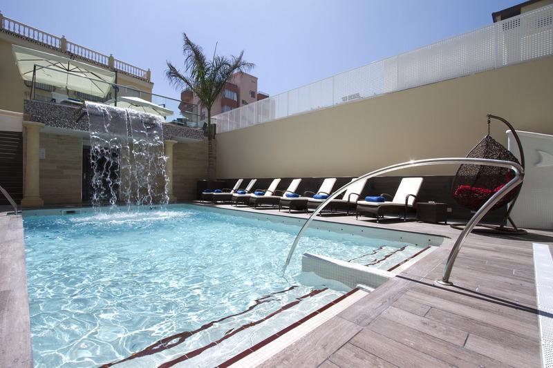 Holidays at El Tiburon Hotel in Torremolinos, Costa del Sol