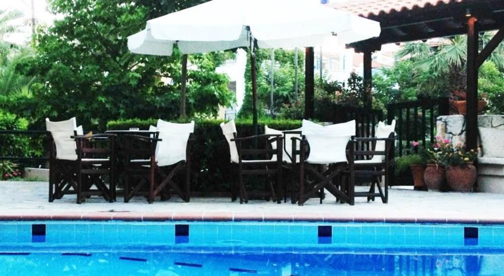 Holidays at Ammon Garden Hotel in Pefkohori, Halkidiki