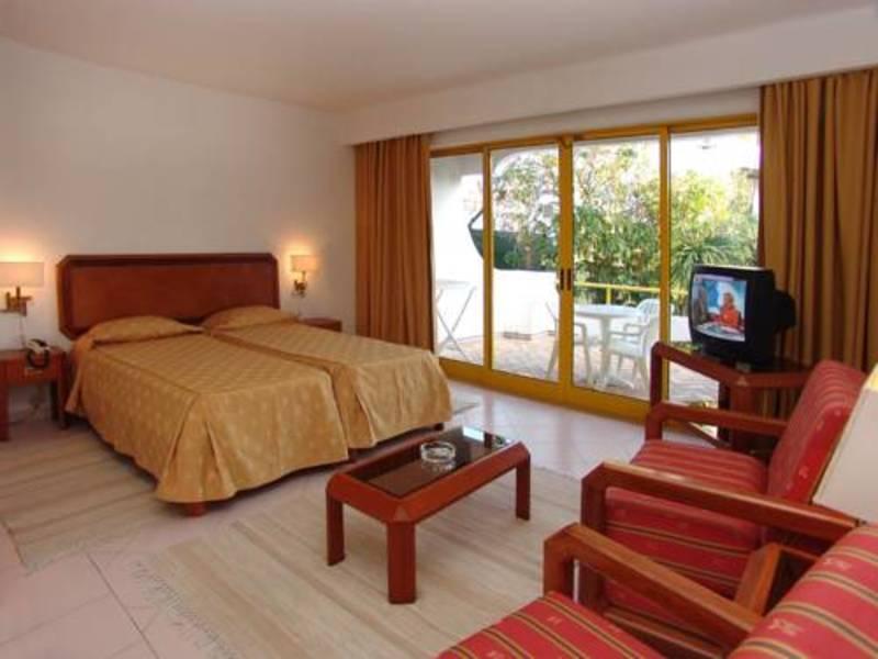 Holidays at Clube Hotel Apartamento do Algarve in Vilamoura, Algarve