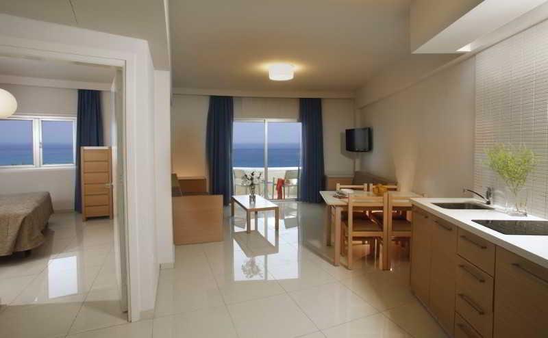 Brilliant Hotel Amp Apartments Protaras Cyprus Book