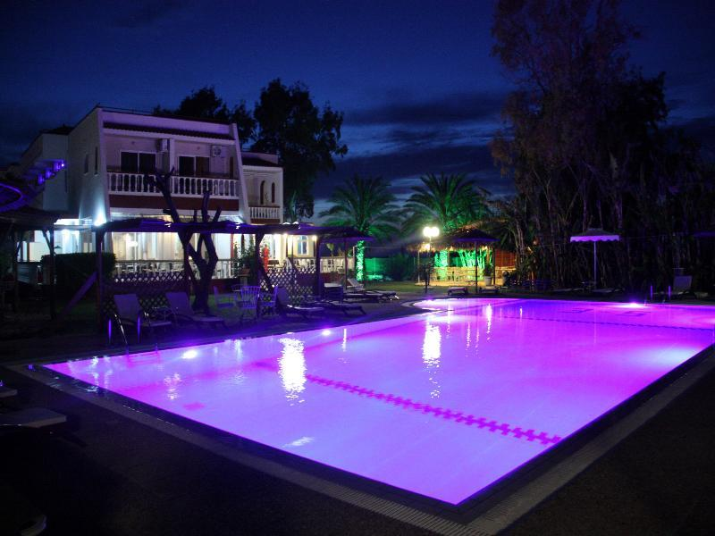 Sunshine gardens family nudist resort