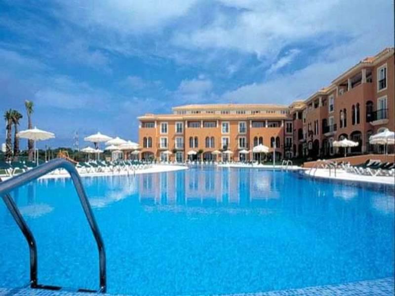 Holidays at Grupotel Macarella Suites & Spa in Cala'n Bosch, Menorca