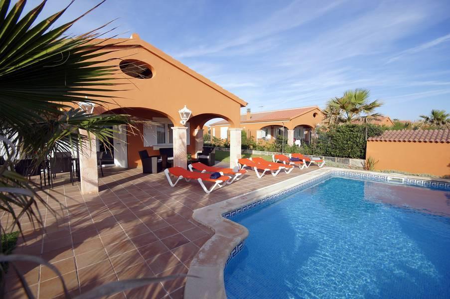 Holidays at Villas Begonias in Cala'n Bosch, Menorca