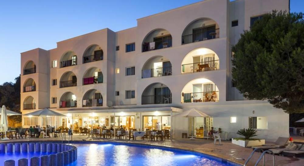 Holidays at Puerto Cala Vadella Apartments in Cala Vadella, Ibiza