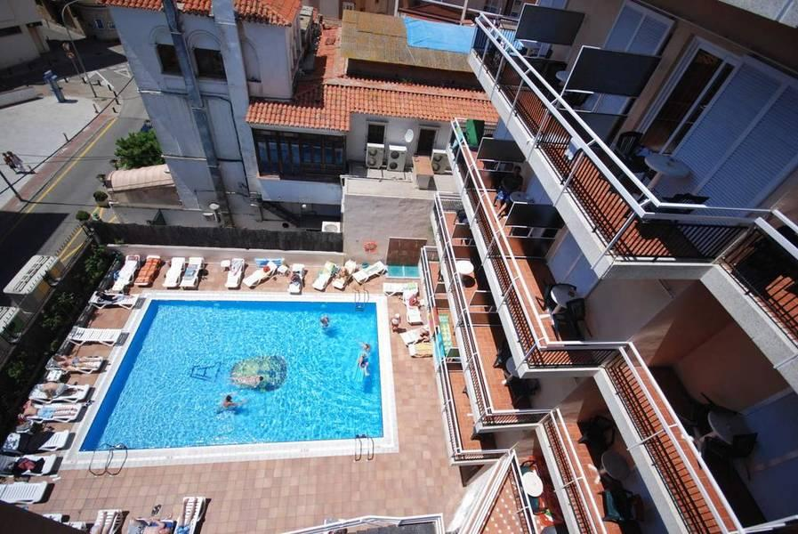 Holidays at Copacabana Hotel in Lloret de Mar, Costa Brava