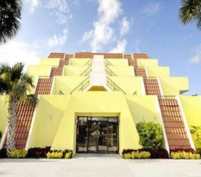 Holidays at Royal Celebration Inn On Lake Cecile in Kissimmee, Florida