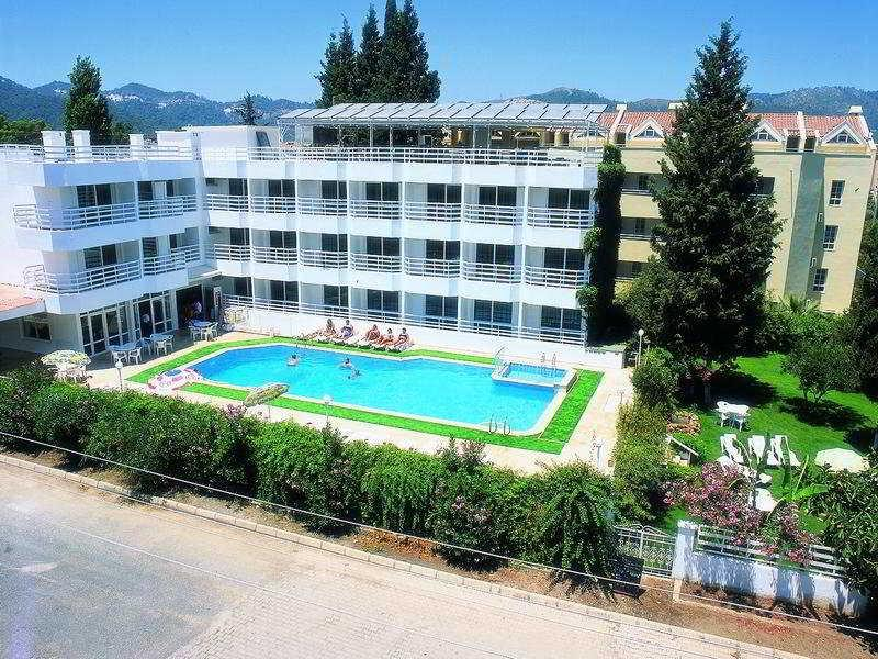 Ertur Hotel