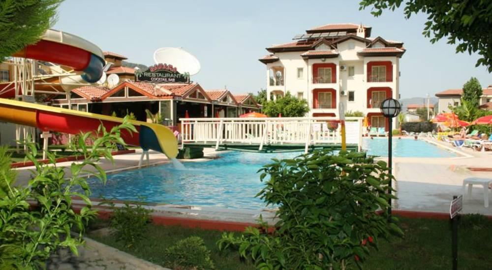 Holidays at Ekinci Palace Apartments in Icmeler, Dalaman Region