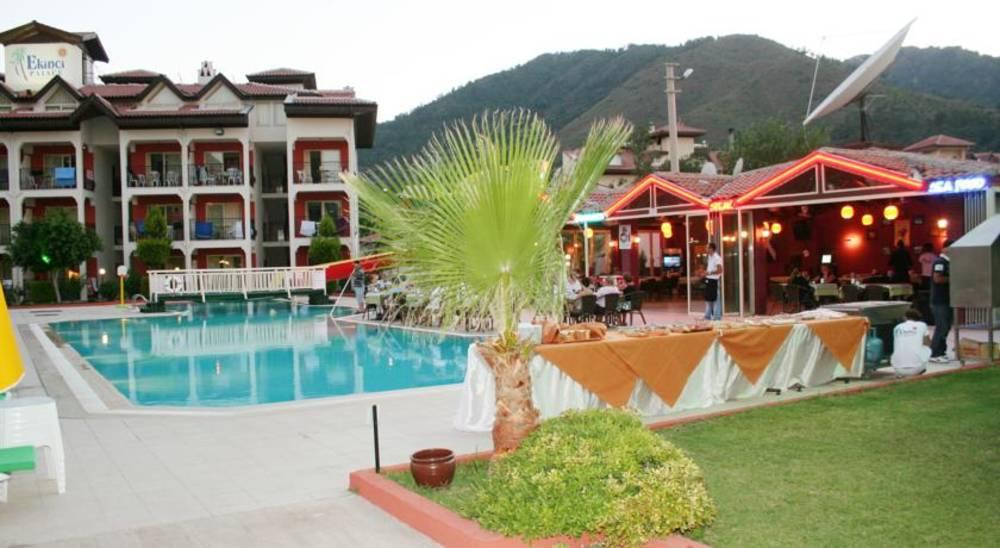 Holidays at Ekinci Palace Apartments in Icmeler, Dalaman Region