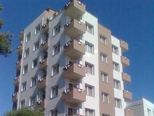 Baris Suite Aparthotel
