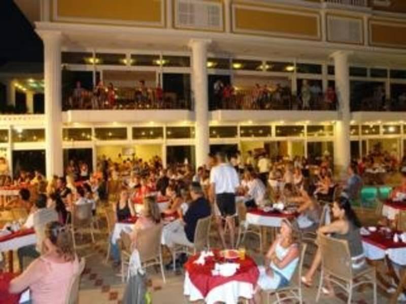 Holidays at Antik Hotel in Avsallar, Antalya Region