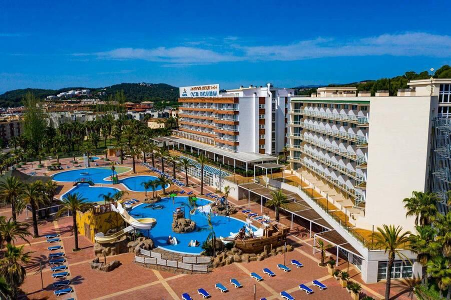 Holidays at Costa Encantada Aparthotel in Lloret de Mar, Costa Brava