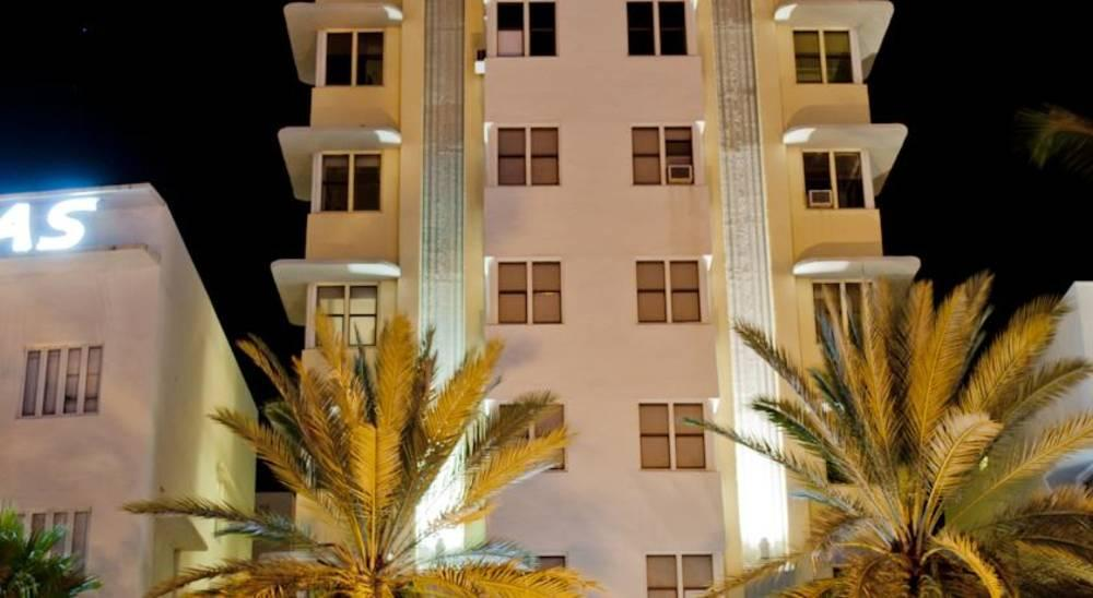 Holidays at Marseilles Hotel in Miami Beach, Miami
