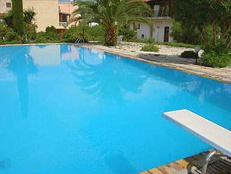 Holidays at Frosini Gardens Aparthotel in Kassiopi, Corfu