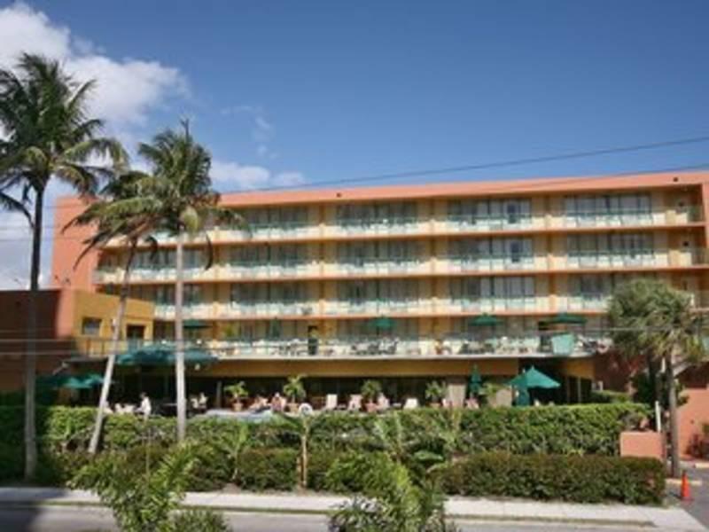 Holidays at Best Western Plus Oceanside Inn in Fort Lauderdale, Florida