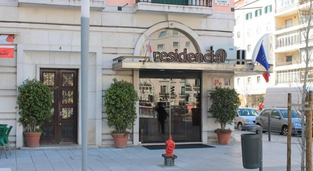 Holidays at Lar Do Areeiro Hotel in Lisbon, Portugal