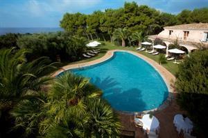 Holidays at Cala Caterina Hotel in Villasimius, Sardinia