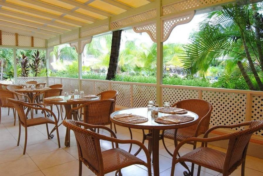 Holidays at Sunbay Hotel in Christchurch, Barbados