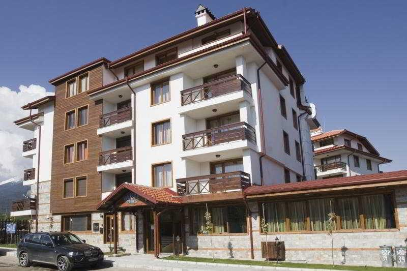 Holidays at White Peaks Aparthotel in Bansko, Bulgaria