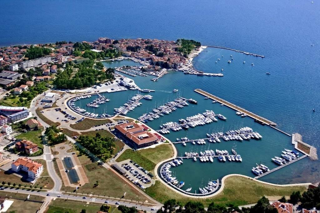 Holidays at Nautica Hotel in Novigrad, Croatia
