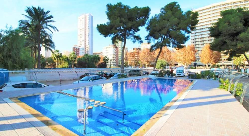 Holidays at Las Damas Apartments in Benidorm, Costa Blanca